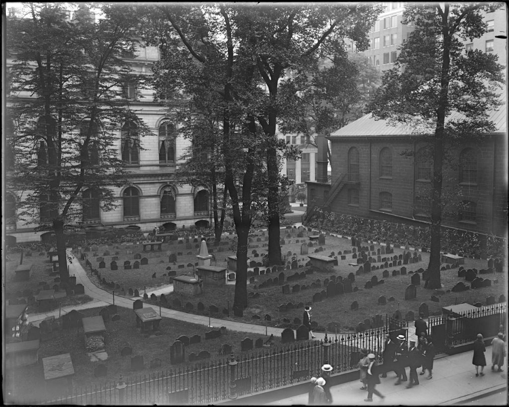 photo is black and white and shows an overhead view of Kings Chapel Burial Ground in 1929.